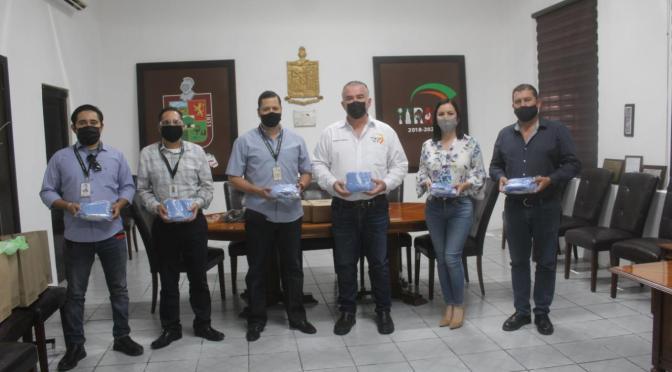 GRUPO OXXO REALIZA DONACIÓN DE CUBREBOCAS AL GOBIERNO MUNICIPAL DE GENERAL TERÁN.