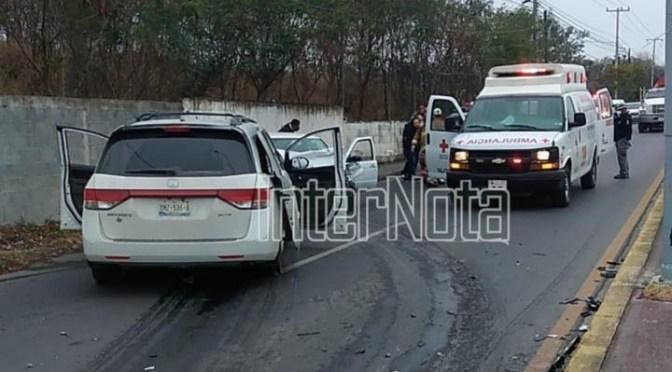 CONDUCTOR DE CAMIONETA MUERE TRAS SER ATACADO A BALAZOS Y CHOCAR CONTRA OTRO VEHÍCULO.