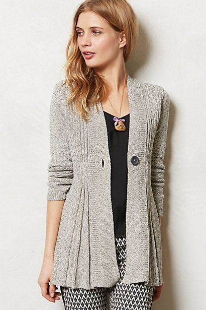 Check out these travel outfits for fall!