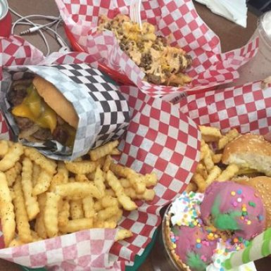 Check out these great food places in Stockton!