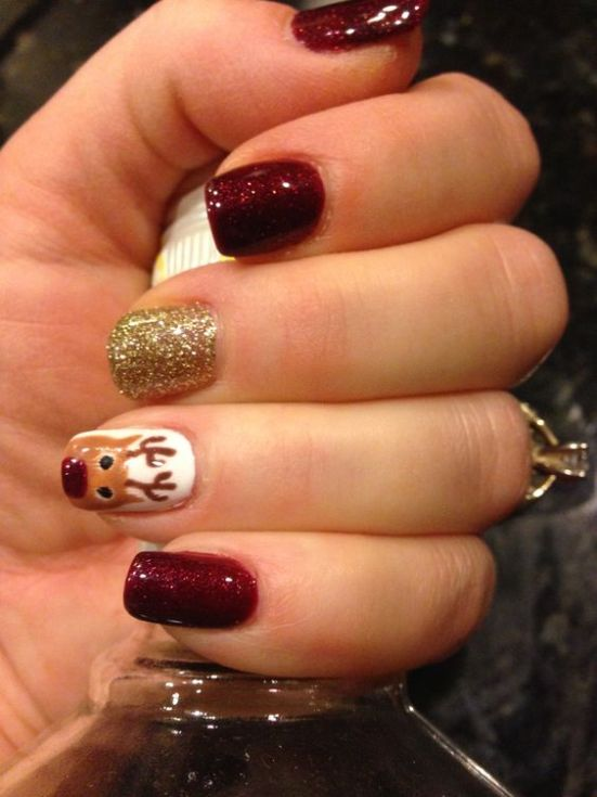 Christmas Nail Polish Ideas Perfect For This Holiday Season