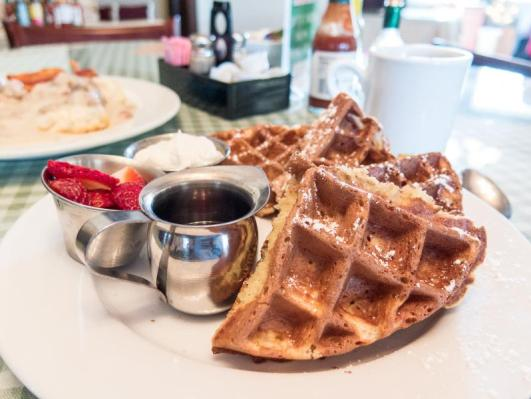 10 Amazing food places in Daphne
