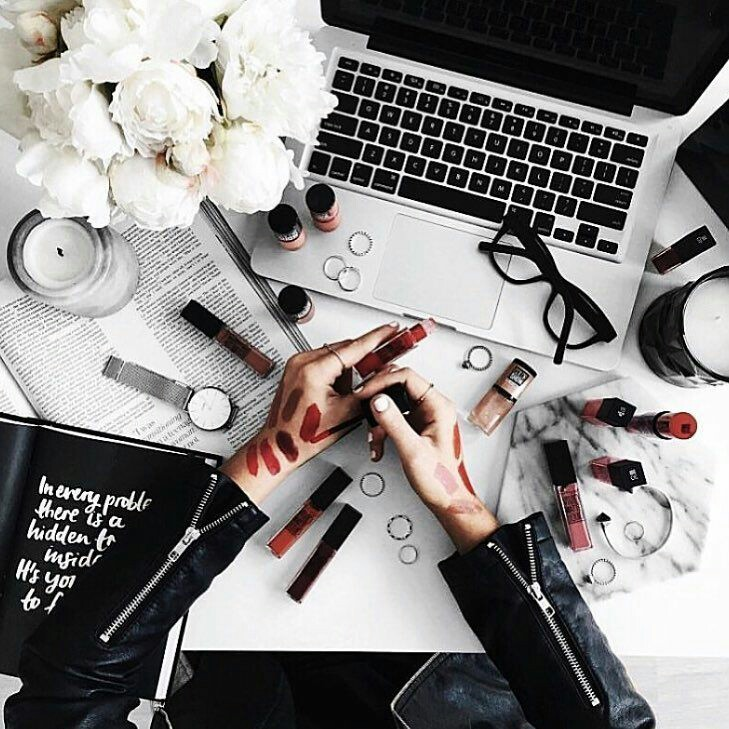 Tips For The Perfect Minimalist Makeup Collection
