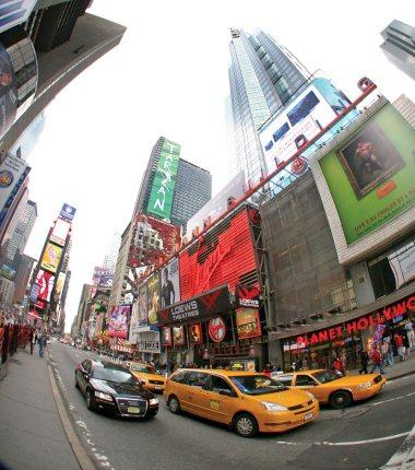 Os famosos taxis amarelos de New York.