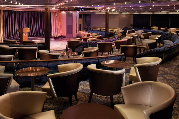 Show Lounge (Pride, Spirit, Legend)