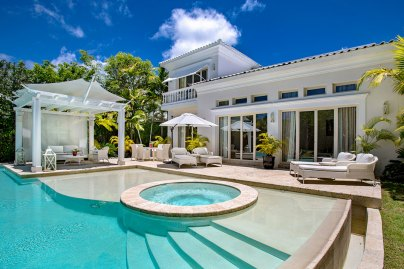 Eden Roc Three-Bedroom-Royale-Villa_Swimming-Pool_0635