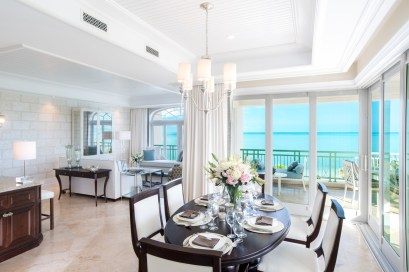 The Shore Club - 9 SC Deluxe ocean front Dinning and Living room