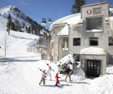 Ski-in Ski-out Squaw Valley Lodge