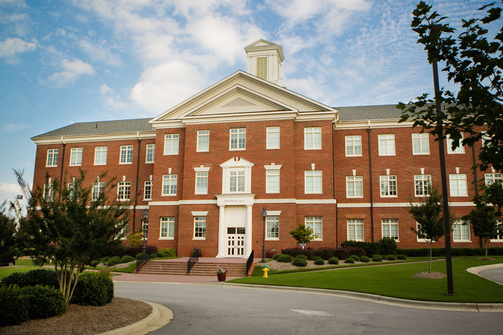 Apply for the 2019-2020 Mentorship Program at the L  Russ Bush