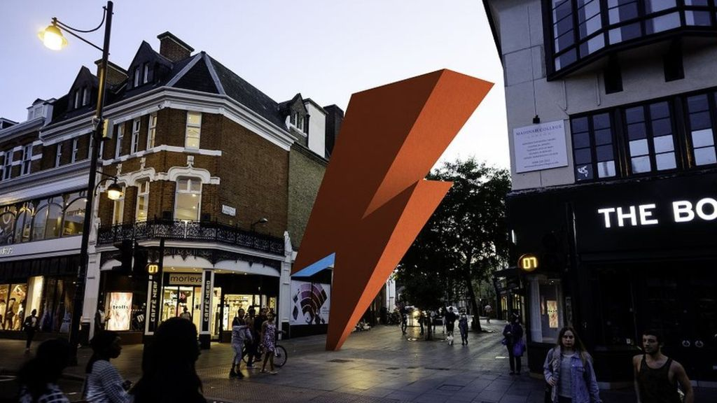 94785601 1bba5282 eb10 4e3c b5be e56dc0c347d0 - David Bowie Brixton memorial abandoned due to lack of funds