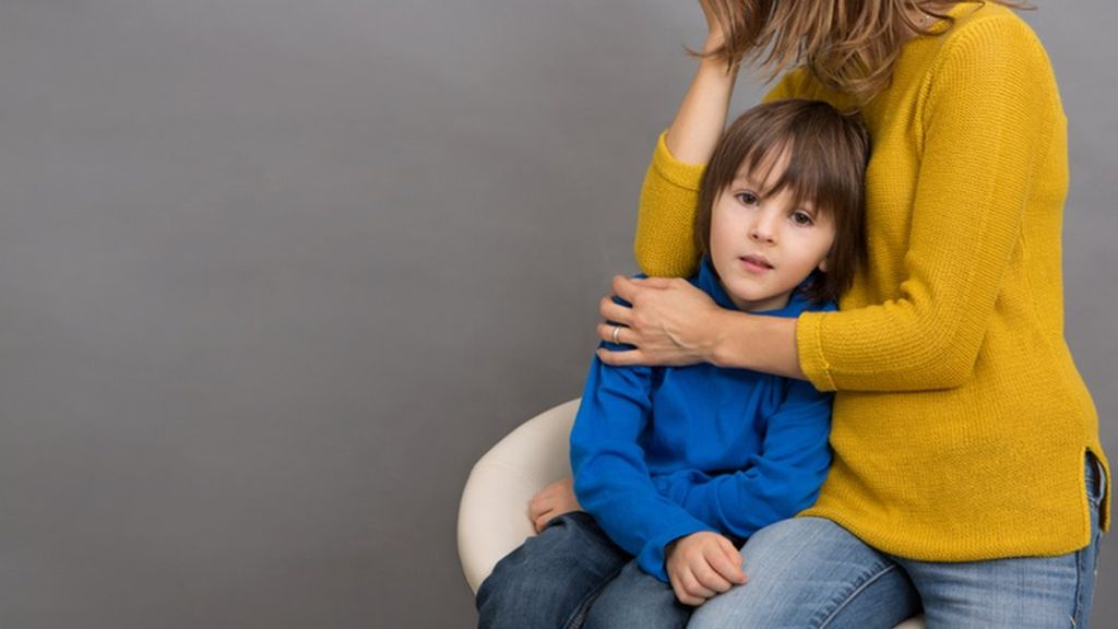 95242078 boyhuggedthinkst - Funds crisis pushes more children into care - report