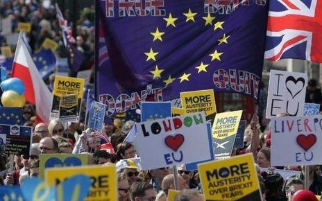 95316049 p04y0psd - Europeans take to streets on Treaty of Rome anniversary