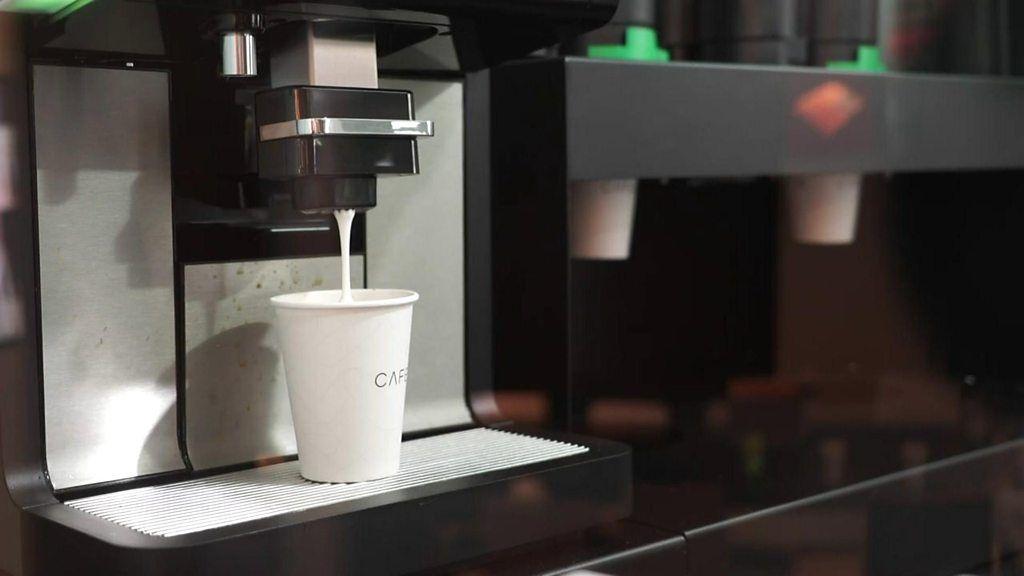 95331391 p04y5jv2 - Robotic barista serves up coffee