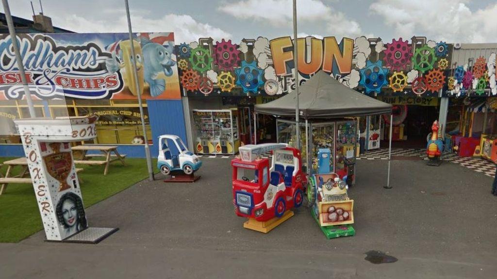 95350444 fun - New £1 coin 'cost Llandudno amusement arcade owner £30,000'
