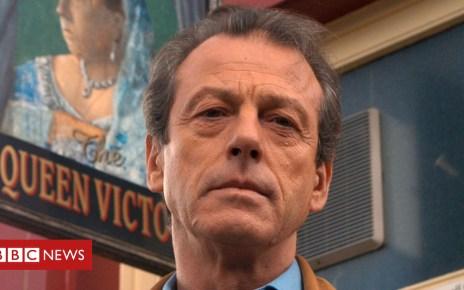 101983077 grantham1 bbc - Leslie Grantham: EastEnders actor dies aged 71