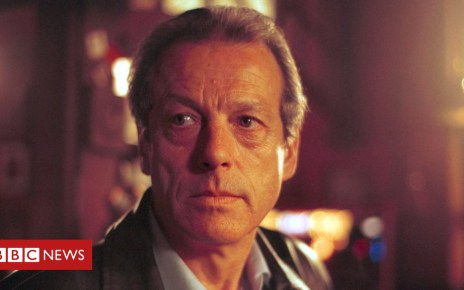 101986288 000375615 1 - Leslie Grantham's dramatic life on and off screen