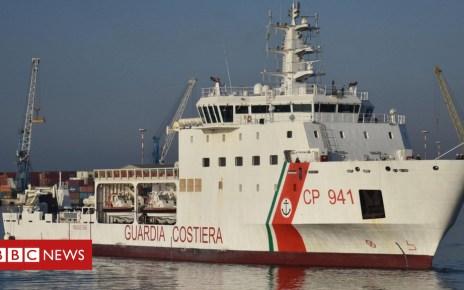 101997840 9400e07d daea 45ef bfb9 35b30747b5f3 - Migrant vessel docks in Sicily amid international row