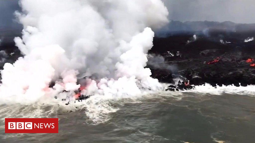 102036732 p06b4tn5 - Kilauea volcano: Molten lava meets the sea