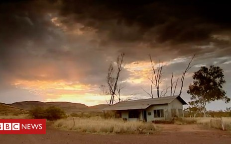 102110011 p06bjb9m - The Australian town that killed its residents