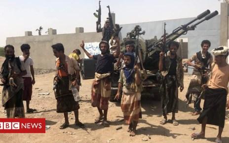 102111596 mediaitem102111595 - Yemen war: Pro-government forces 'storm Hudaydah airport'