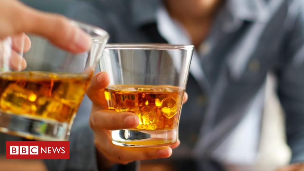 102150141 bourbon - EU tariffs on US goods come into force