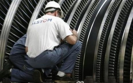75142359 l5apqine - General Electric faces fines over French jobs pledge