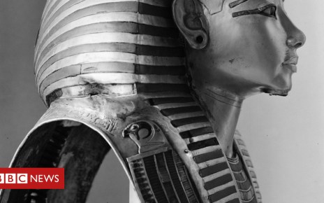 102314617 burton head - Discovering King Tutankhamun's tomb: Harry Burton's photographs
