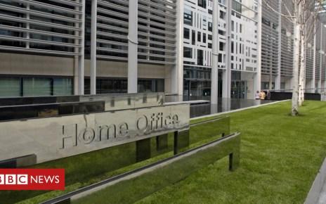 102494590 b99ee846 7218 441b 936e 99415f6718ab - 'Hostile environment' checks paused after Windrush scandal