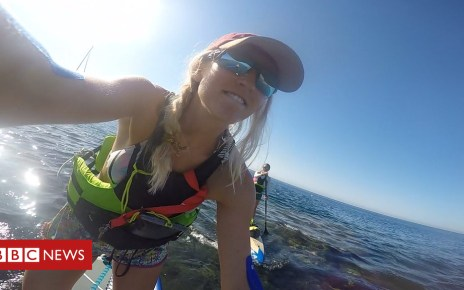 102499357 p06dhxtd - Paddleboarders highlight plastic pollution on Mallorca trip