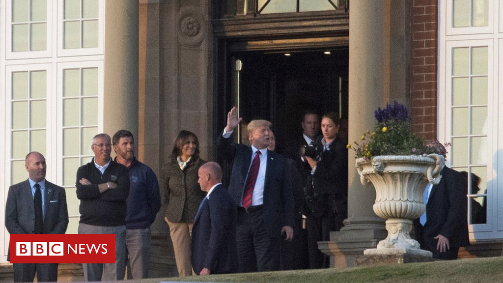 102523276 hi048137149 - Trump to play golf at Turnberry as protests continue