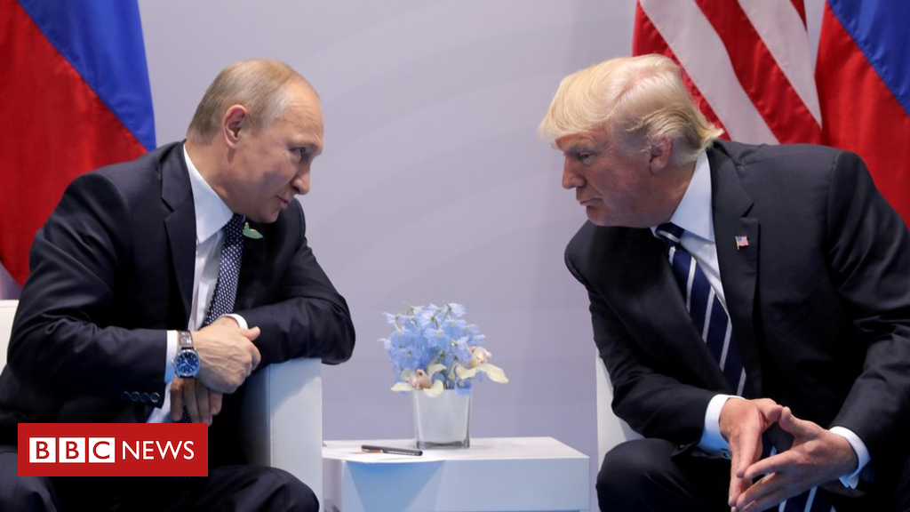 102523627 hi047816154 - White House: Trump-Putin summit 'is on' after hacking indictment