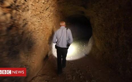 102540973 p06dv9z8 - Syria war: Rebels' underground tunnel network in Douma