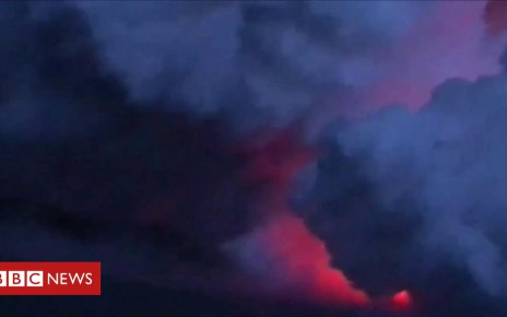102558219 p06dz0pd - The moment flying lava struck a tour boat in Hawaii
