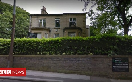 102761411 oakwoodcarecentregoogle - Tameside care home 'did not tell family mother was dying'