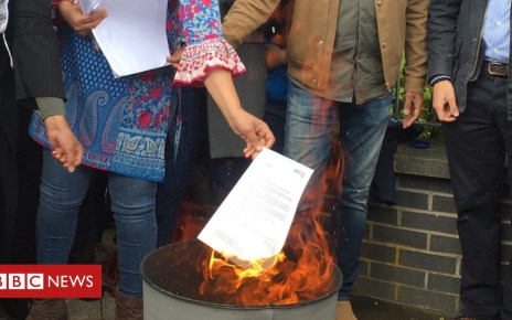 102828294 burn - Serco to 'pause' asylum seeker eviction lock-change plan