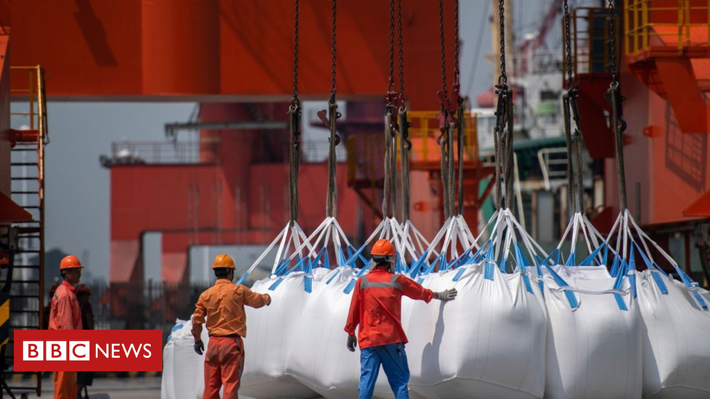 102880428 gettyimages 1012990908 - China to hit US with tariffs on US imports worth $16bn