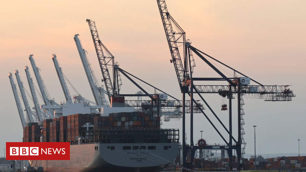 102880447 gettyimages 1001124104 - Brexit: What is the 'no deal' WTO option?
