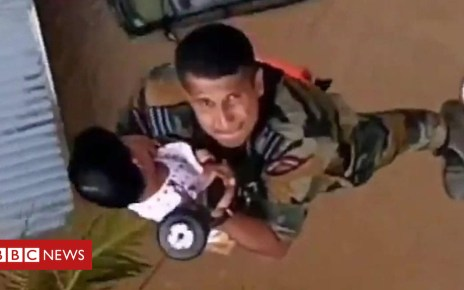 103078768 p06hwngm - Kerala floods: Children winched to safety as rescue efforts step up