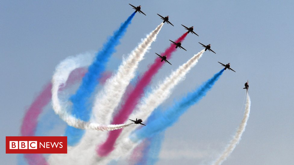 103139231 gettyimages 857830752 - Thousands to watch Red Arrows and Blenheim bomber at Rhyl Air Show