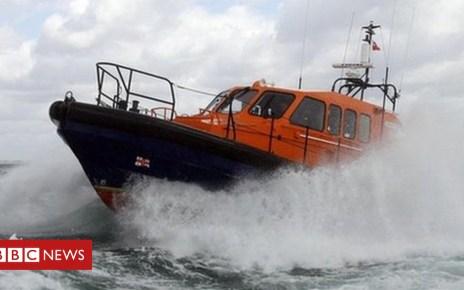 103275217 004247785 1 - Drunken children threaten Morecambe lifeboat crew