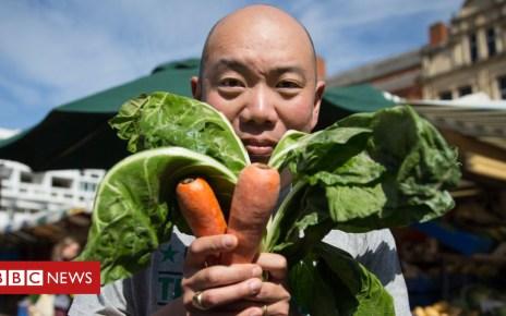 103287712 carrotyeo - Will going vegan make you healthier?