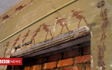 103423999 mediaitem103423998 - Tintin and the vanishing murals: Brussels races to save art