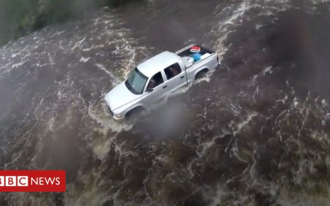 103469439 p06lfxs4 - Florence: Hundreds rescued as flooding swells in Carolinas