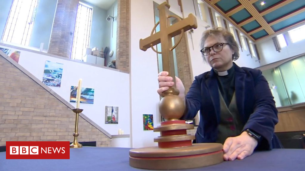 103585092 p06m5w5m - Manchester transgender vicar leads church diversity push