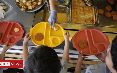 100719003 schoolmeals reuters - Birkenhead school's meal threat angers parents