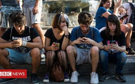 103672541 gettyimages 584458760 - California bans 'secret' election bots