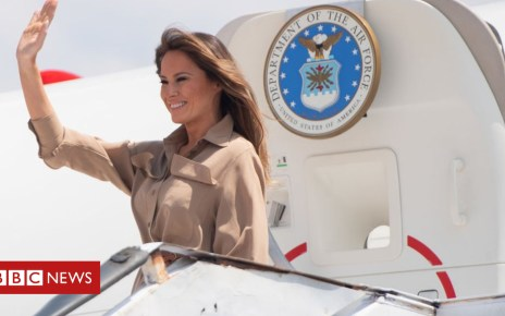 103732278 gettyimages 1045507098 - Melania Trump : 'Smoke-filled' plane forced to land