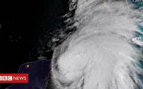 103773380 capt2341361364ure - Florida urges residents to brace for 'life-threatening' hurricane