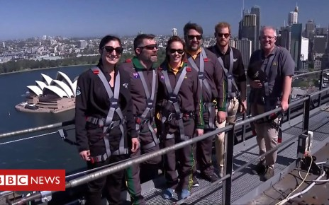 103925153 p06p8mh2 - Prince Harry climbs Sydney Harbour Bridge