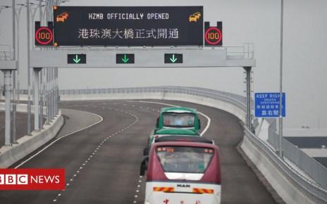 104004543 hi050151931 - Hong Kong-Zhuhai bridge: World's longest sea crossing opens to quiet start